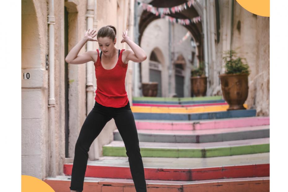 Danse sur les escaliers colores de Montpellier